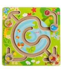 Imagine Labirint In padure
